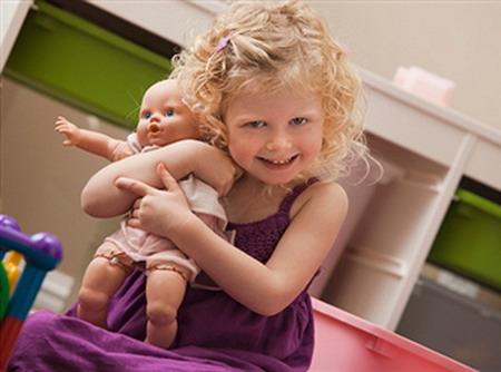 Сюжетно-ролевая игра под названием «Купание куклы»