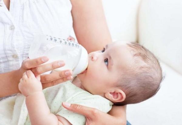 Признаки полноценного питания ребёнка