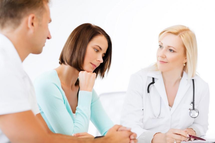 Вторичный сифилис – это стадия системного венерического инфекционного заболевания, наступающая при гематогенной диссеминации (распространении) бледной трепонемы в человеческом организме.