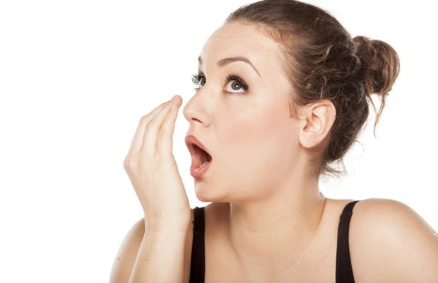Неприятный запах изо рта причины и лечение