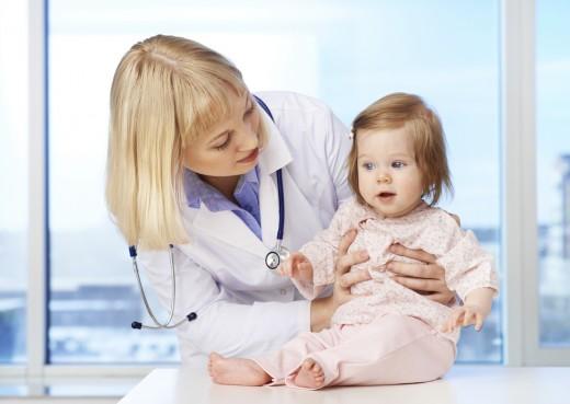 врач и ребёнок