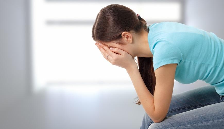 Выкидыш - это потеря беременной женщиной своего ребенка в течение первых двадцати двух недель беременности.