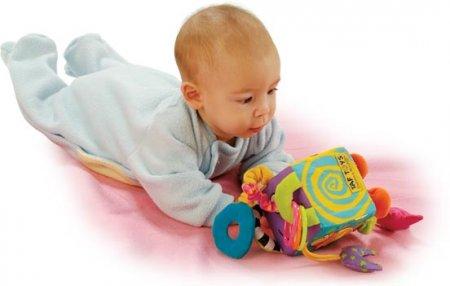 Какие игрушки нужны детям 6 месяцев