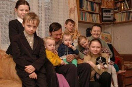Имеют ли льготы дети из многодетных семей при приеме в 1 класс