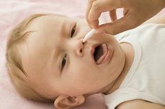 Применение Аквамариса для новорожденных