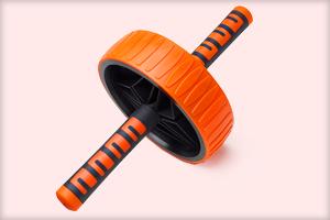 Спортивное колесо с ручками для упражнений на пресс