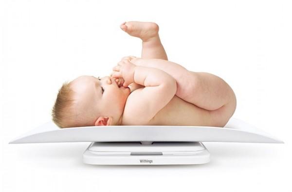 Развитие ребенка 1 месяц: рост, вес