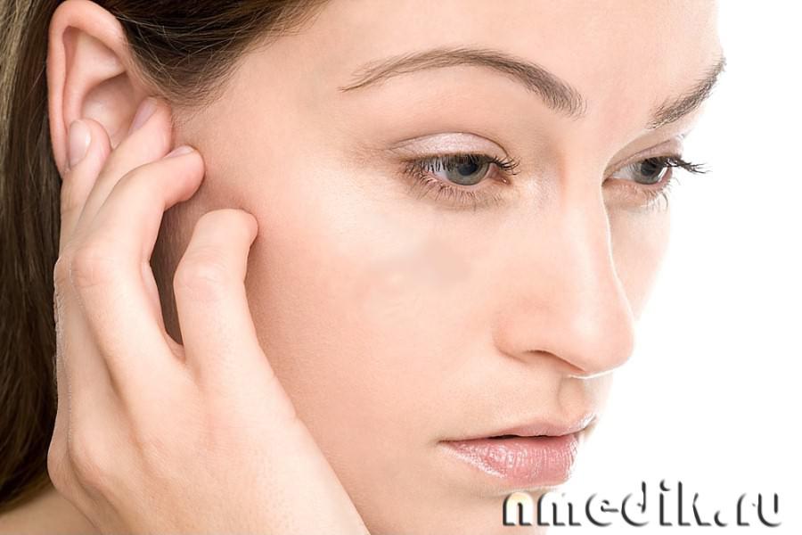 Почему закладывает уши при болезни