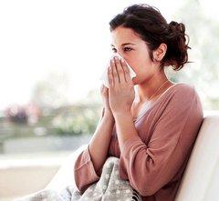 Чем лечить насморк при беременности?