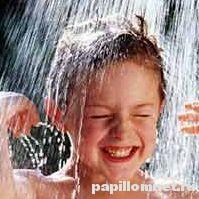 Фото ребенка к статье о контагиозном моллюске