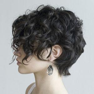 Сохранение здоровья кудрявых волос