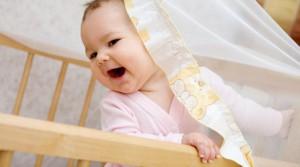 Что приобрести в кроватку для малыша