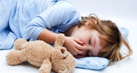Скрежет зубами у детей: возможные причины