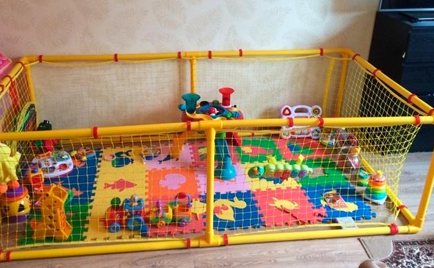 игровой манеж для двух деток