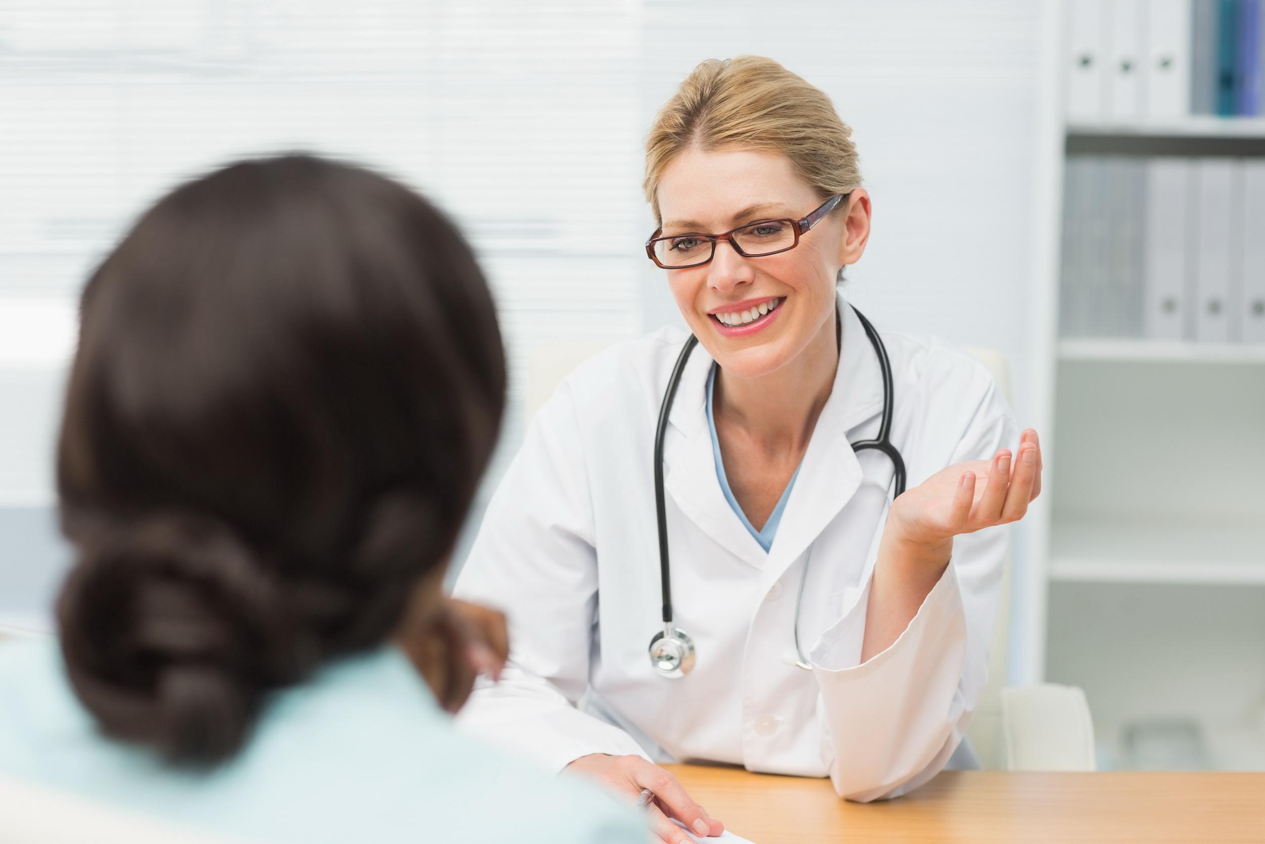 Узловая мастопатия принадлежит к доброкачественным видоизменениям молочных желез, которые образуются в организме в виде кист и узлов.