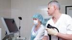 врачи проводят диагностику
