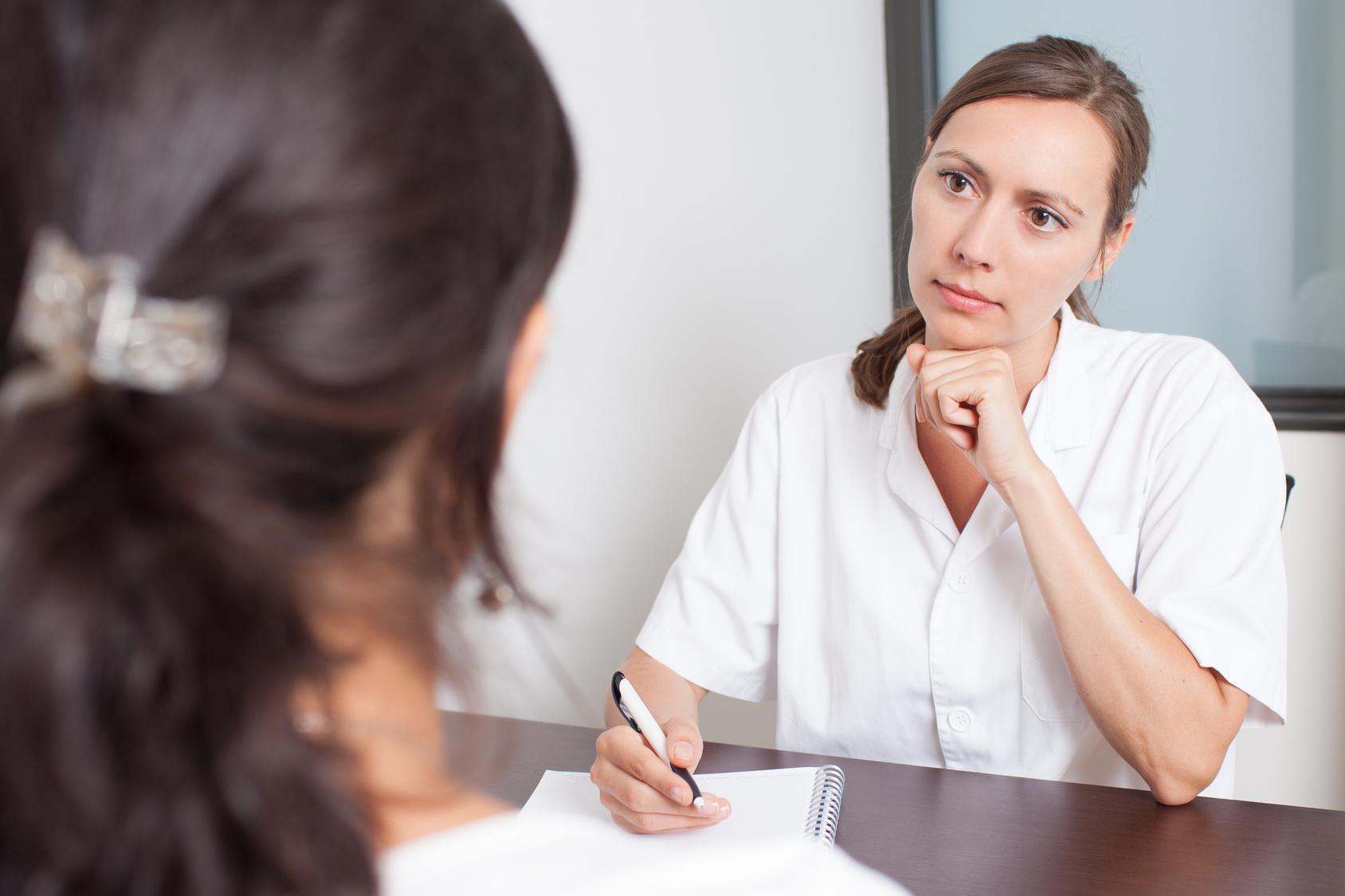 Папиллярная кистома яичника – гинекологическое заболевание, вызванное серозной опухолью на овариальной ткани.
