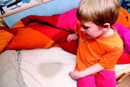 Ребёнок с проблемами недержания