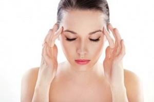 С утра кружится голова: в чем причины и как справиться с недугом