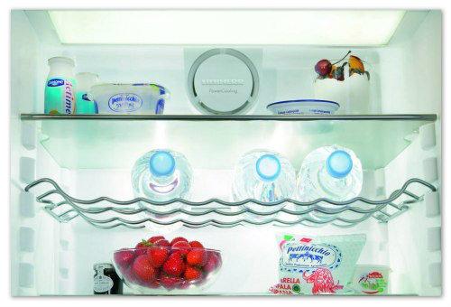 Полка в холодильнике