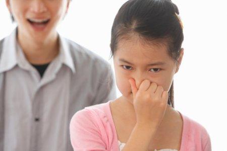 Золотистый стафилококк – запах изо рта у ребенка