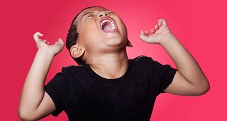 Как реагировать на истерики ребенка: рекомендации медиков