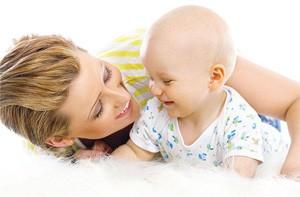Переворачиваться как научить малыша
