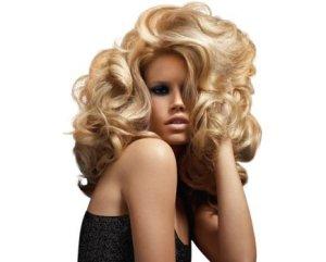 Как сделать объем на длинных волосах