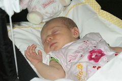 Как укладывать спать новорожденного
