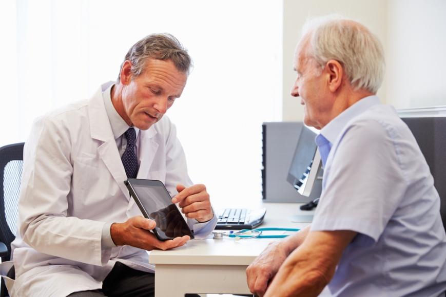 Как вылечить аденому простаты медикаментозно?