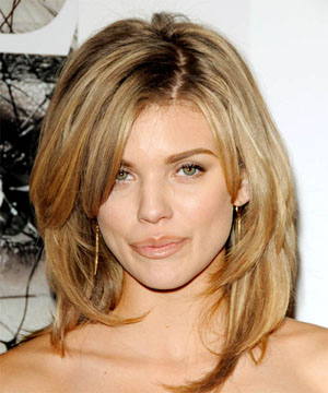 Каскадные стрижки на средние волосы