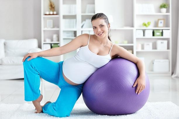 Можно ли заниматсья гимнастикой в 3 триместре беременности