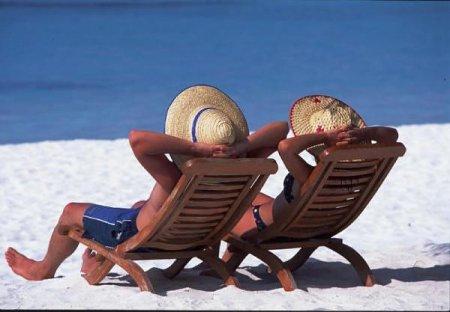 Аллергия на солнце у детей: причины, симптомы, лечение