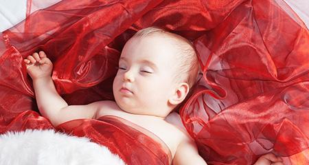 Значение ночных кормлений для ребенка