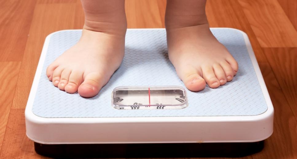 От чего зависят нормы роста и веса детей