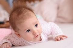 Новорожденный кряхтит