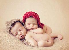Поза новорожденного