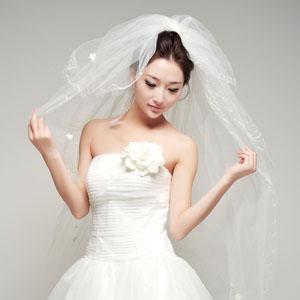 Нюансы выбора фаты на свадьбу