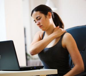 Воротниковый остеохондроз: симптоматика, причины, методы лечения