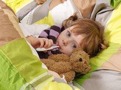 Почему у ребенка поднимается температура?