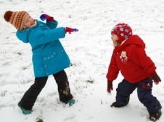 Зимние подвижные игры для детей