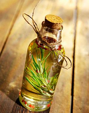 Как применять розмариновое масло для волос