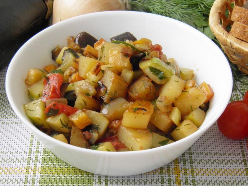 Овощное рагу с баклажанами и картошкой в мультиварке рецепт пошагово
