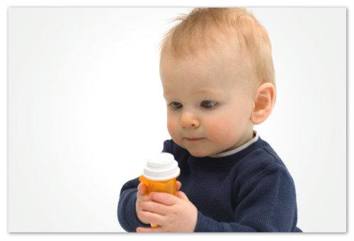 Малыш и сроп от кашля