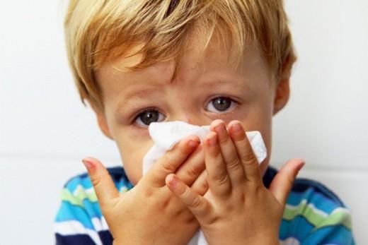 Ребёнок с гайморитом