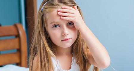 Как распознать сотрясение мозга у ребенка: симптомы