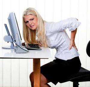 спина болит в офисе