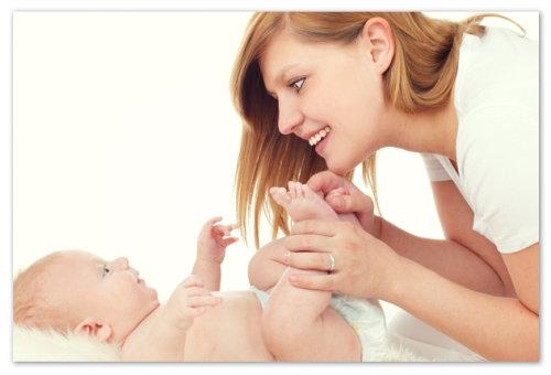 Ребенок и мама.