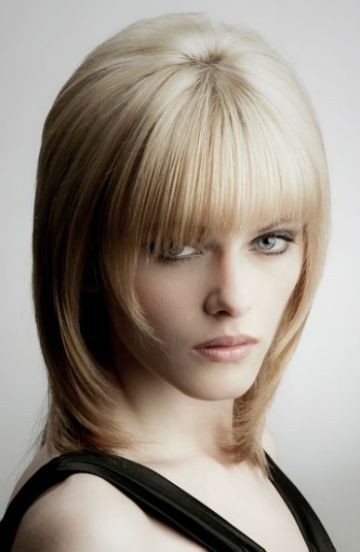 стрижки средней длины для тонких волос