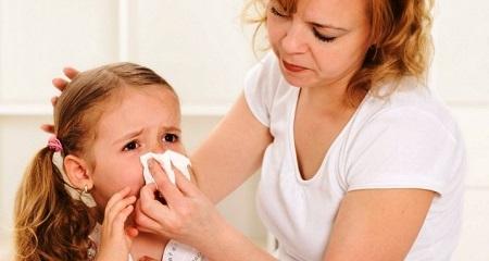 У ребенка кровь из носа: первая помощь